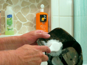 wash-your-hat-in-shower