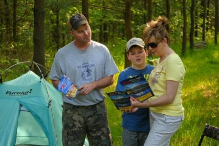 Family meals while camping with kids