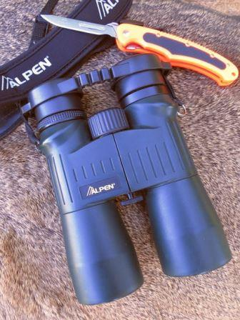 Hunting binoculars and a Havalon knife