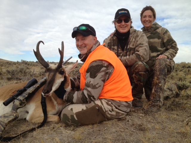 Wyoming antelope hunt Joey Peterson Pat Carrothers Angie Denny