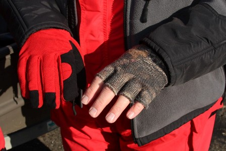 insulated-and-fingerless-gloves-448x299
